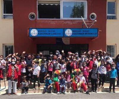 Gençlik Merkezi köy okullarını geziyor