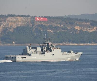 Rus savaş gemisi, Çanakkale Boğazı'ndan geçti