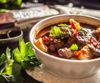 Haşlama, fırın, kavurma... Eti sağlıklı pişirme yöntemlerini öğrenin