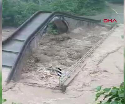 Artvin'de eski ve yeni köprünün sel sınavı
