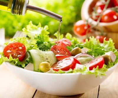 Salatadaki gizli tehlikelere karşı 9 uyarı!