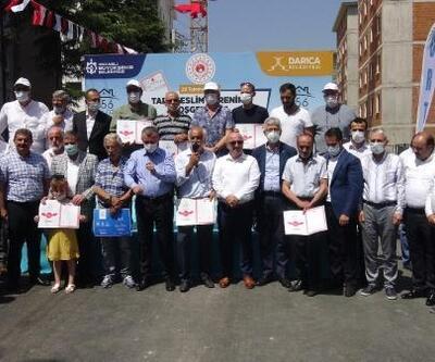 Darıca'da Kentsel Dönüşüm projesinde tapular dağıtıldı
