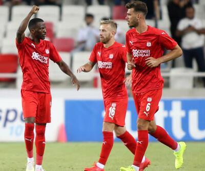 Sivasspor aynı skorla turu geçti