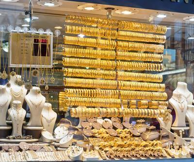 Çeyrek altın ne kadar, bugün gram altın fiyatları kaç TL? Anlık altın fiyatları 15 Ağustos 2021