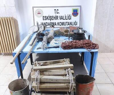 Eskişehir'de kaçak kazı operasyonu: 8 gözaltı