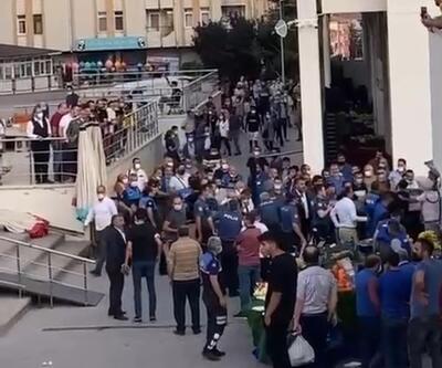 Ankara'da esnaf ile müşteri arasında 'ezik şeftali' kavgası: 4 yaralı, 13 gözaltı