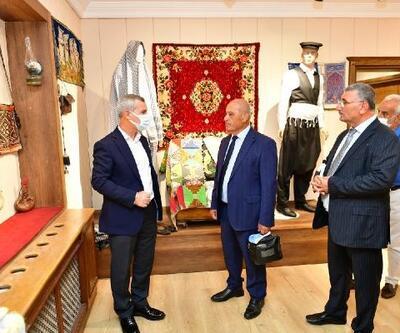 Kıbrıs Gönyeli Belediye Başkanı Benli, Tarihi Yeşilyurt Konakları'nı gezdi
