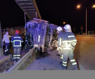 Üst geçide çarpan TIR sürücüsü, öldü