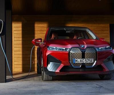 Yeni elektrikli otomobil modellerini tanıttı