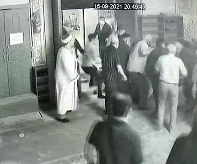 Camide imam ve cemaate sopalı saldırı