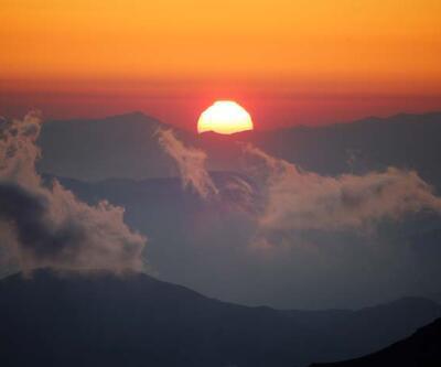 Bolkar Dağlar'nın zirvelerinde nefes kesen manzara