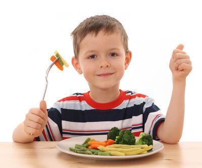 Çocuklarda boy uzatmaya yardımcı besinler
