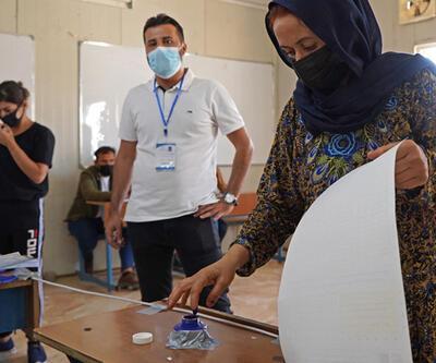 Irak'ta halk genel seçimler için sandık başında