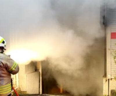 Motosiklet tamirhanesinde yangın