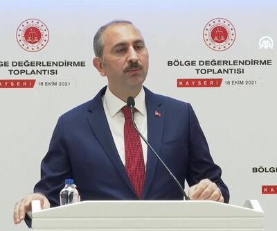 """Adalet Bakanı Gül: """"Geç gelen adalet, adalet değildir"""""""