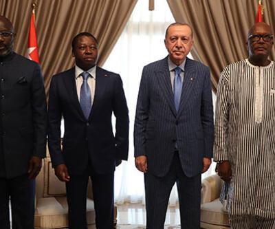 Cumhurbaşkanı Erdoğan, Togo'da üç Afrika ülkesinin liderleriyle bir araya geldi