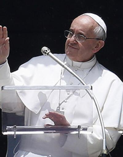 """Papa: """"Vatikan'da gay lobisi var"""""""