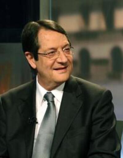 Güney Kıbrıs'ın eurodan çıkmaya niyeti yok