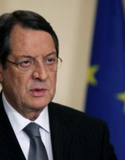 Güney Kıbrıs'ta bankalar 2 gün daha kapalı!