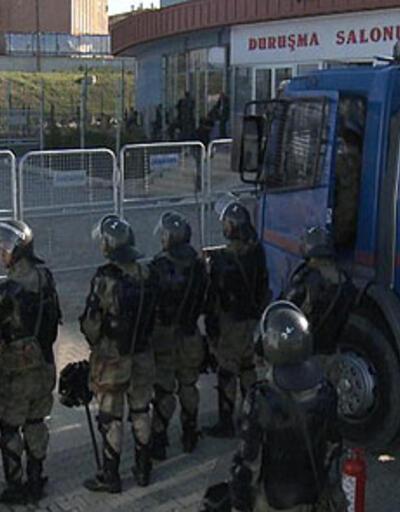 KCK'da iki gazeteciye tahliye