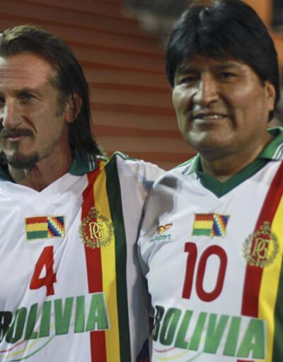 """Sean Penn, Morales'in """"koka"""" elçisi oldu"""
