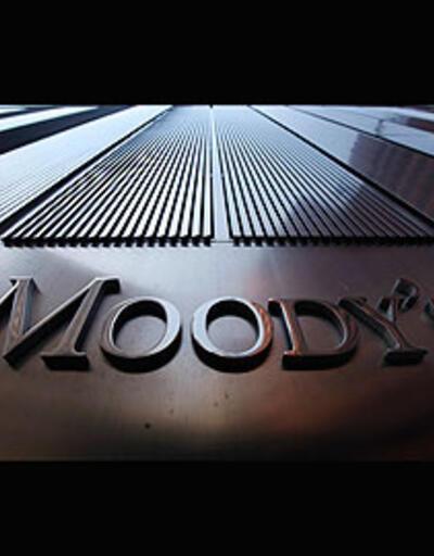 Moody's 15 dev bankanın notunu kırdı