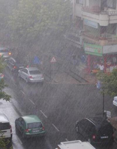 """Meteoroloji'den İstanbul için """"acil"""" uyarı"""