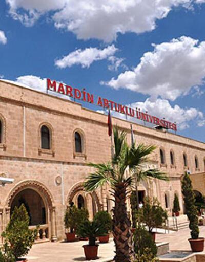 """Artuklu Üniversitesi """"Kürtçe""""yi durdurdu"""