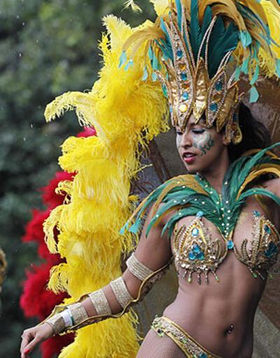 Londra'da karnaval coşkusu