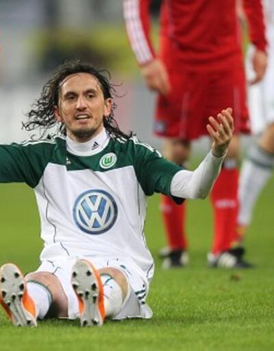Wolfsburg Tuncay Şanlı'nın sözleşmesini feshetti
