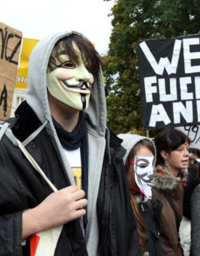 """""""Öfkeliler"""" Brüksel sokaklarında"""