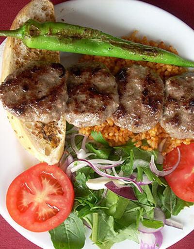 Günün yemeği: Köfteli Kebap