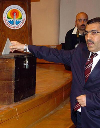 Adana'da başkanlık AK Parti'den gitti