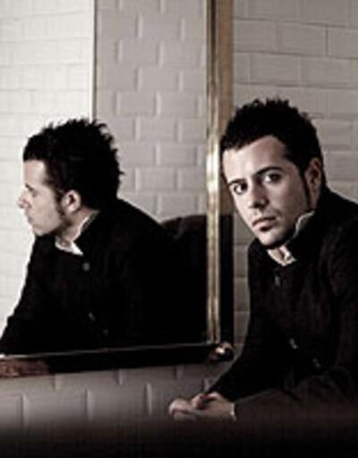 Emre Aydın'ın çıkmamış albümünün ilk klibi