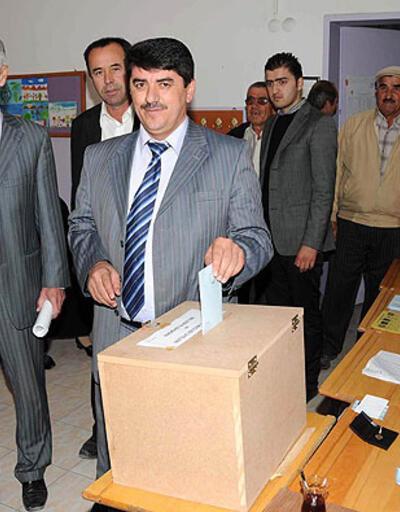 AK Parti'ye bir belediye daha