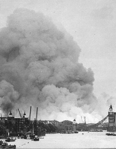 500 Alman uçağı Londra'yı bütün gece bombaladı