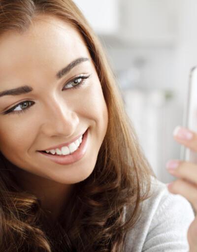 Selfie'nin Türkçe karşılığı bu 5 kelimeden biri olacak