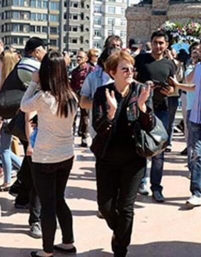 Taksim'deki 19 Mayıs töreninde protesto