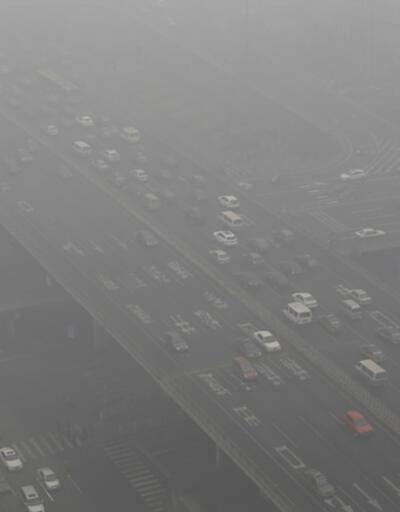 Çin'de hava kirliliği nedeniyle 6 milyon araç trafikten men edilecek
