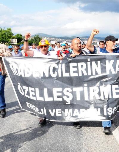 Cumhurbaşkanı Abdullah Gül'ün yolunu kestiler