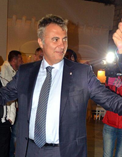 Beşiktaş başkanı çökertme oynadı