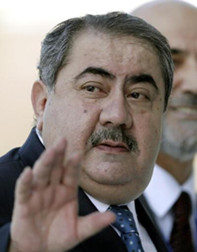 Maliki Kürt bakan Zebari'yi görevden aldı