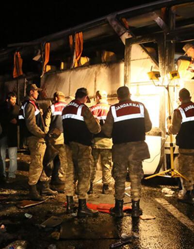 Erdoğan için gelen polisler kaza yaptı: 3 şehit 33 yaralı