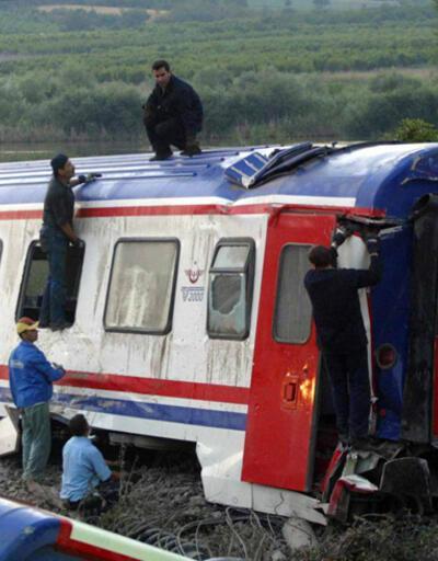 41 kişinin öldüğü Hızlandırılmış Tren davasında 10 yıl sonra karar