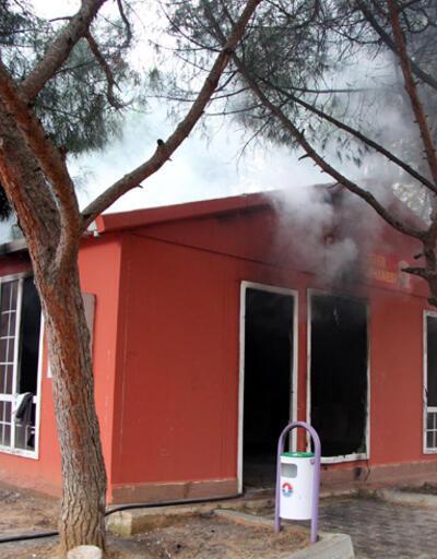 Engin Çeber Halk Kütüphanesi bir hafta içinde iki kez yandı