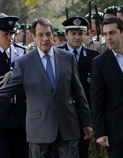 Aleksis Çipras, Kıbrıs'ta müzakerelerin başlaması şartını açıkladı