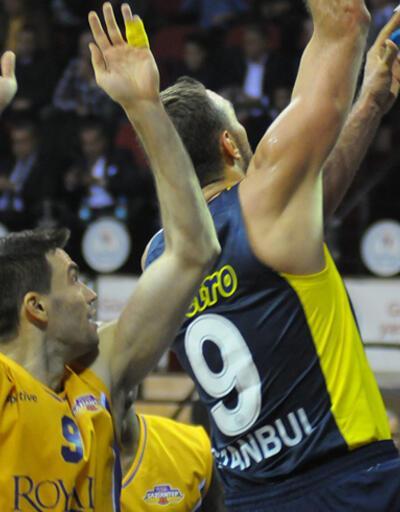 Fenerbahçe Ülker Gaziantep'te güldü