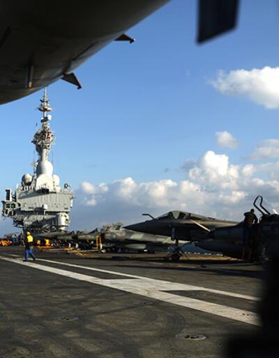 Charles De Gaulle'den IŞİD'e karşı ilk uçaklar havalandı