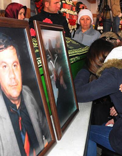 Yalova Valisinin azarladığı öğretmen Halil Serkan Öz toprağa verildi