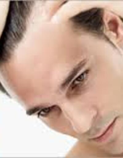 Erkeklerde saç dökülmesi neden olur?
